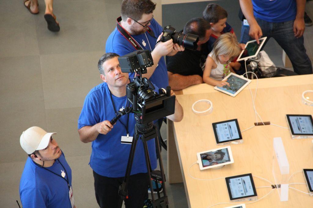 Foto de Inauguración de la Apple Store del paseo de Gracia (27/27)