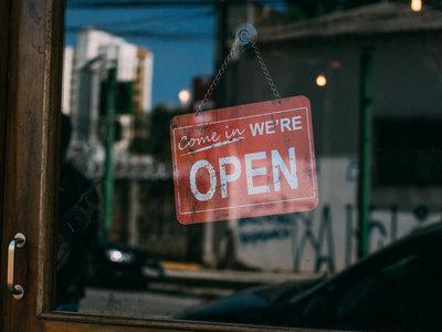 Los días clave para las ventas del comercio tradicional vs. electrónico