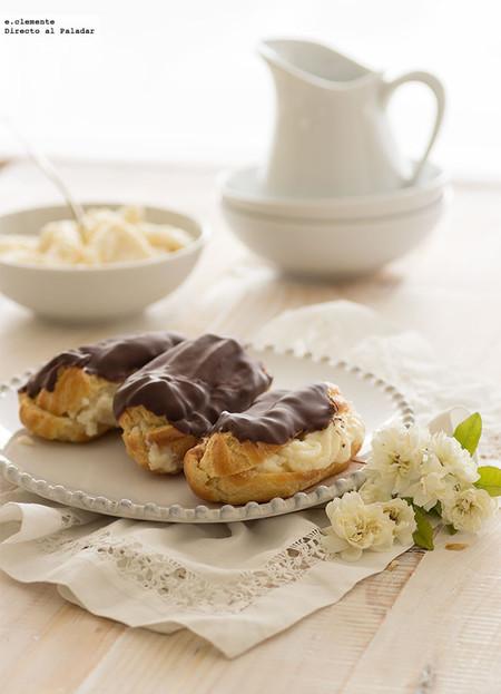 Eclairs de crema y chocolate. Receta