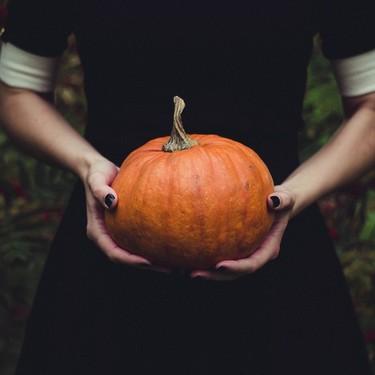 15 ideas de disfraces para presumir tu barriga de embarazada en Halloween