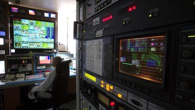 Interior de la sala de control de Torrespaña