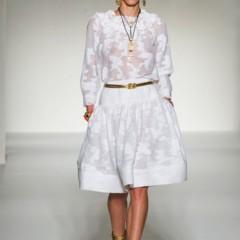 Foto 40 de 43 de la galería moschino-primavera-verano-2012 en Trendencias