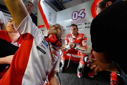 MotoGP Catar 2015: Andrea Dovizioso, Sam Lowes y Alexis Masbou primeras poles de la temporada