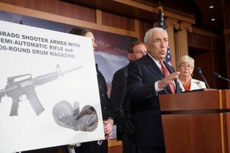 Presentan un proyecto de ley en EE.UU. que restringe la venta de munición por Internet