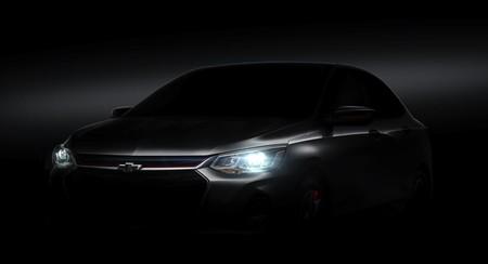 El Chevrolet Onix 2020, hermano mayor de Aveo, asoma la mirada en China