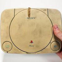 Así es como una vieja consola PlayStation One cobra nueva vida gracias a un maravilloso y único trabajo de restauración