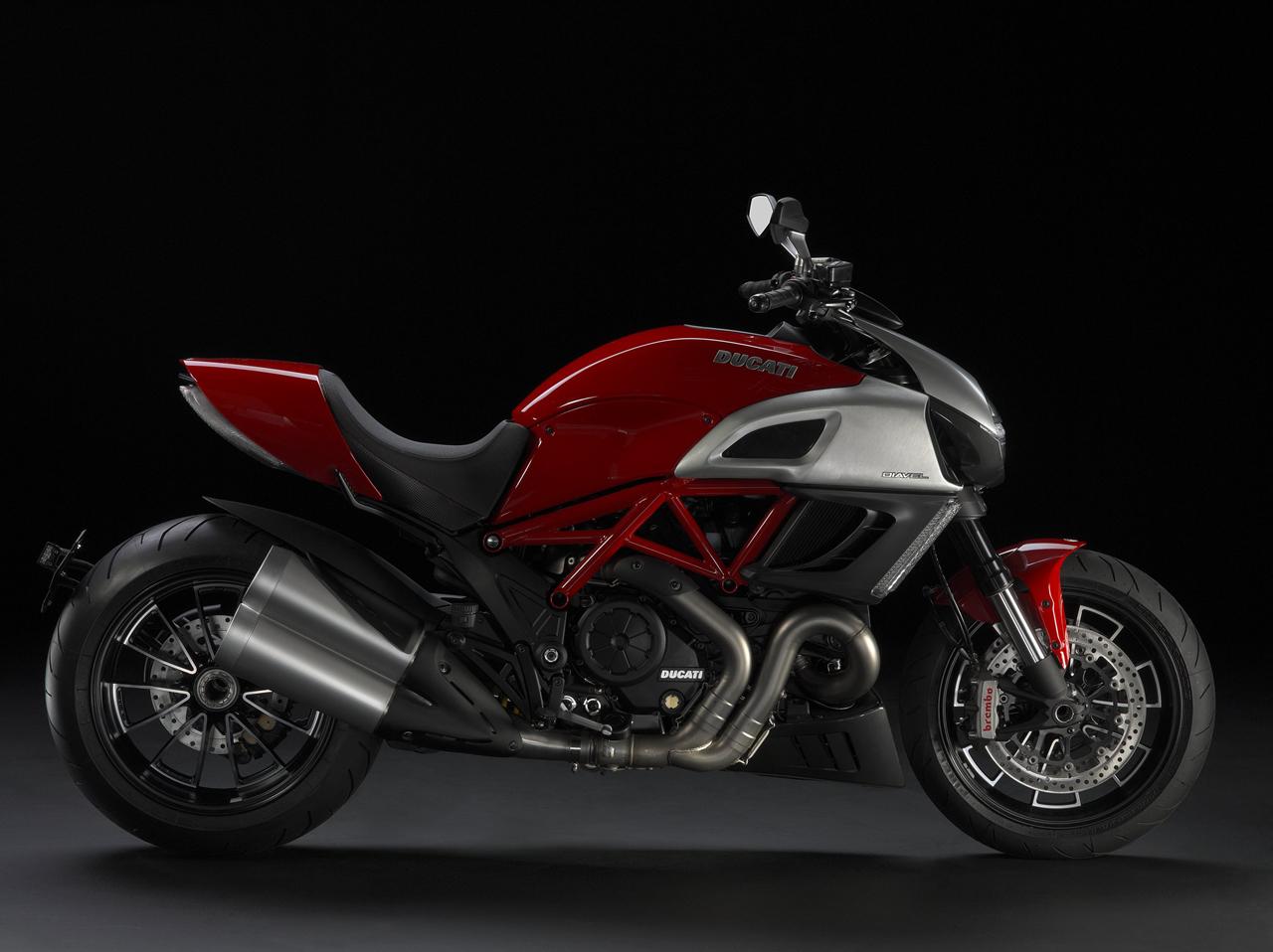 Foto de Ducati Diavel, la guinda del catálogo de Bolonia (2/11)