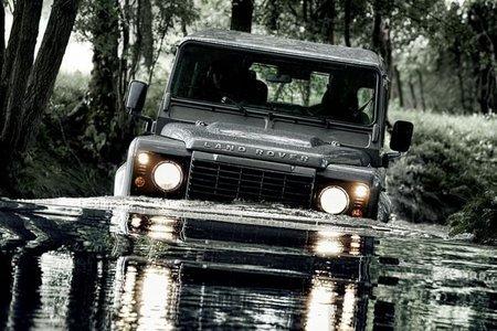 El Land Rover Defender recibe el motor 2.2 diesel de 122 CV EU5