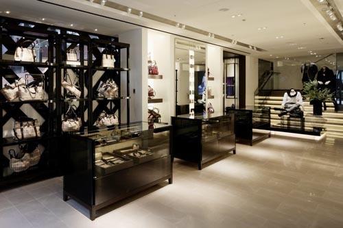 Foto de Burberry abre de nuevo su tienda en Tokio (5/14)