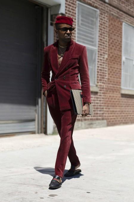 El Mejor Stret Style De La Semana Se Viste De Pana En Sus Looks De Transicion Al Otono 12