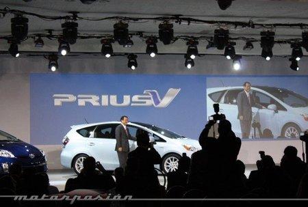 Toyota presenta en Detroit los Prius v y Prius c Concept