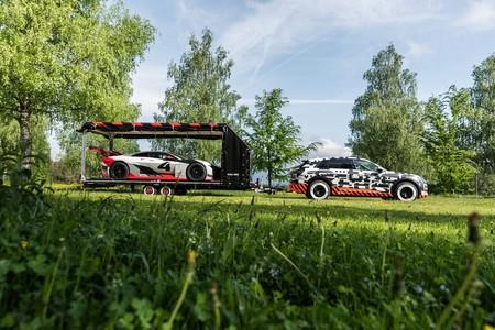El Audi E Tron Prototype En El Worhersee 02