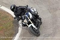 Motorpasión a dos ruedas: toma de contacto BMW F 800 R y la retirada de Guy Martin