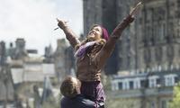 'Amanece en Edimburgo', a 500 millas del musical