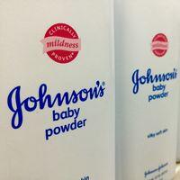 Johnson & Johnson confirma la presencia de asbesto (amianto) en Estados Unidos un lote de su talco para bebés y pide su retirada