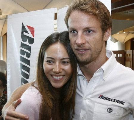 Jenson Button dedica el camponato del mundo de F1 a Jessica Michibata