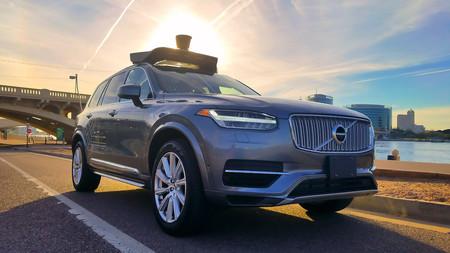 Uber le compra 1000 millones de dólares en coches a Volvo: la apuesta por el coche autónomo ya no tiene vuelta atrás