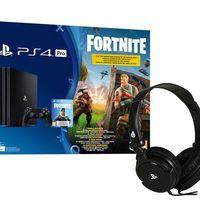 Por el precio del pack, en MediaMarkt tienes la PS4 Pro de 1 TB con Fortnite más unos auriculares para jugar