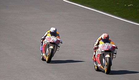 Álex Márquez repitió victoria virtual en Misano adelantando a Marc Márquez en la última curva