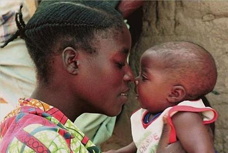 """""""Maternidades"""", muestra de fotos de Bru Rovira"""