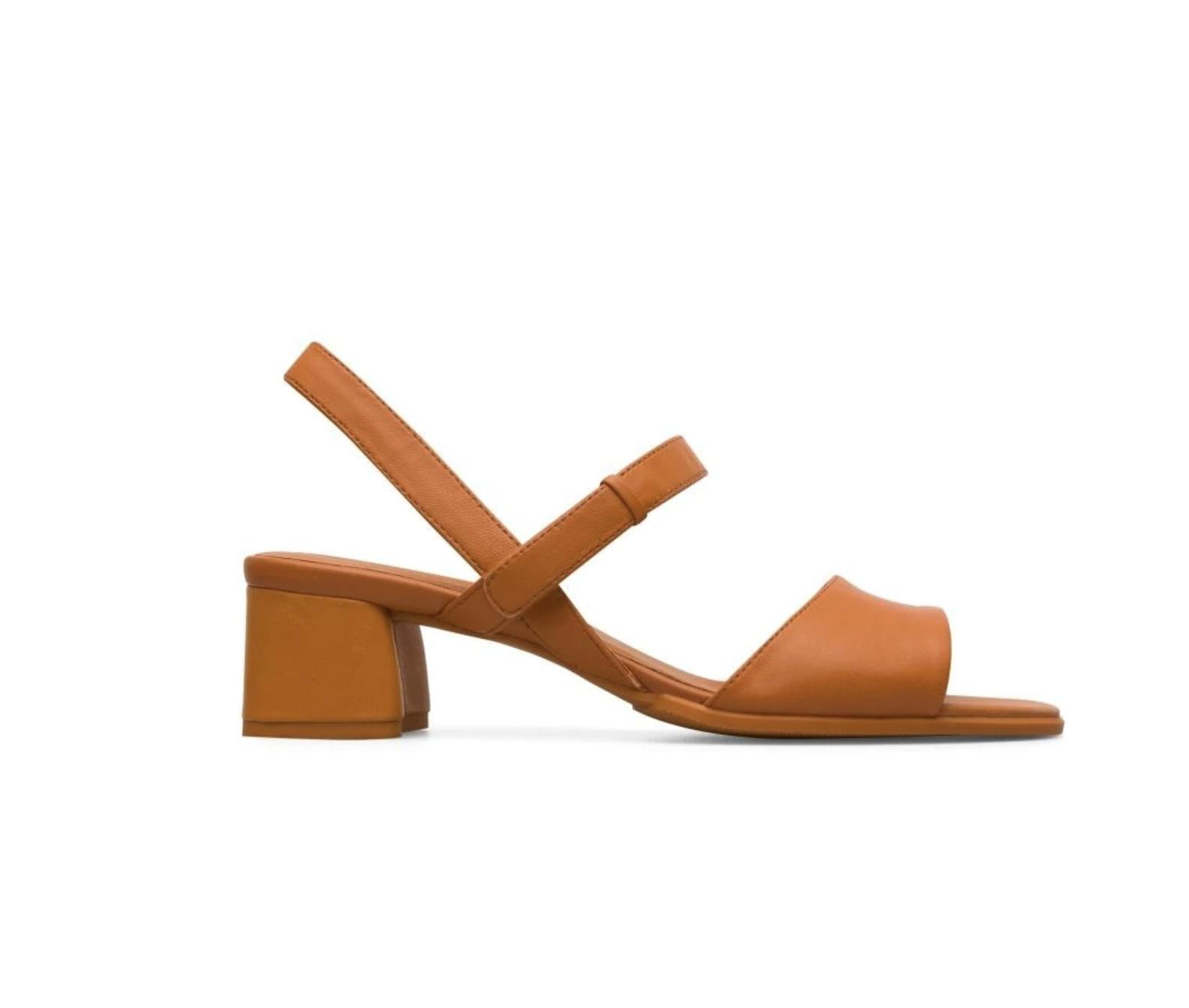 Sandalias de tacón de mujer Camper de piel en naranja