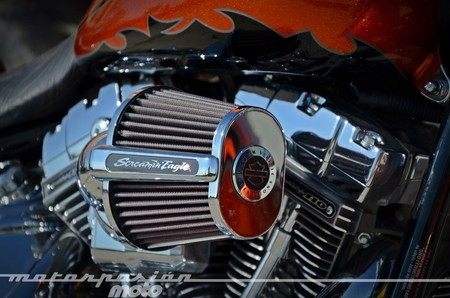 Harley-davidson-cvo-breakout