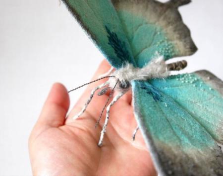 ¿Te atreverías a poner estas esculturas insecto en tus paredes?