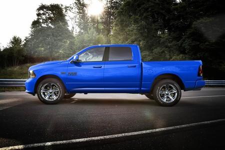 Ram 1500 Hydro Blue Sport 2018 5