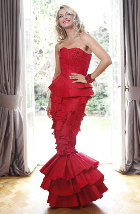 """La """"Color Catcher Dress"""" de Nikita Karizma"""