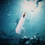 Qué hacer si se te cae el móvil al agua