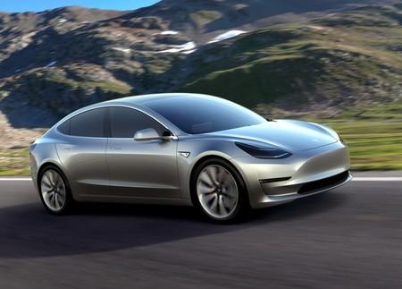 Tesla por fin alcanza la producción estimada del Model 3
