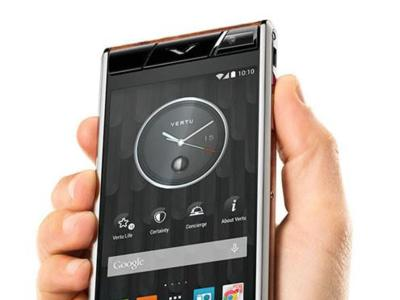 Vertu Aster, mucho lujo y Android 4.4 para los bolsillos más exclusivos