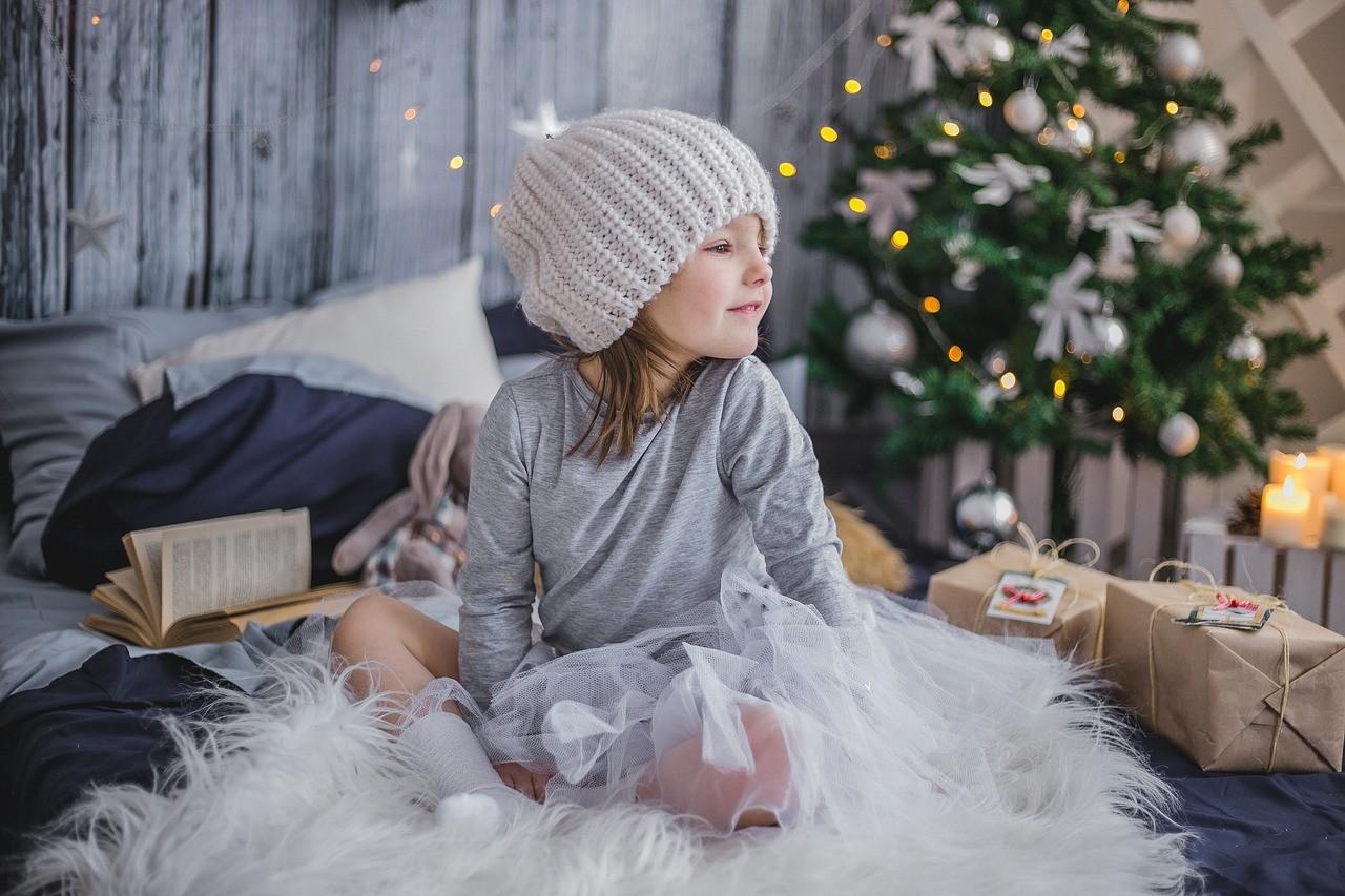 c9178165c4dd ¿Qué regalar a los niños por Navidad  Sigue la regla de los cuatro regalos