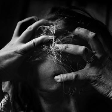Pensamientos suicidas en el postparto: una realidad de la que debemos hablar