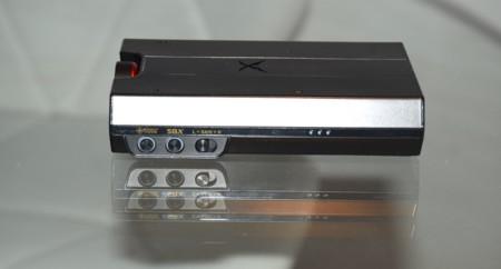 Detalle del lateral del Sound BlasterX G5