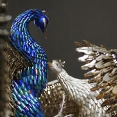 Foto 8 de 9 de la galería peacocks-de-laurel-roth en Trendencias