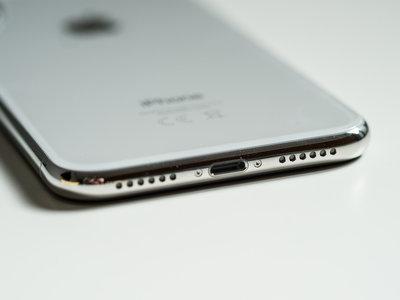 Apple quiere diseñar los chips de gestión de energía para el iPhone y provoca daños colaterales