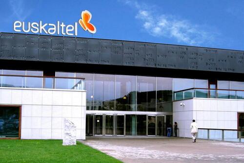 Euskaltel, R y telecable también suben precios en verano a cambio de extras en el fijo, la fibra, en móvil y la tele
