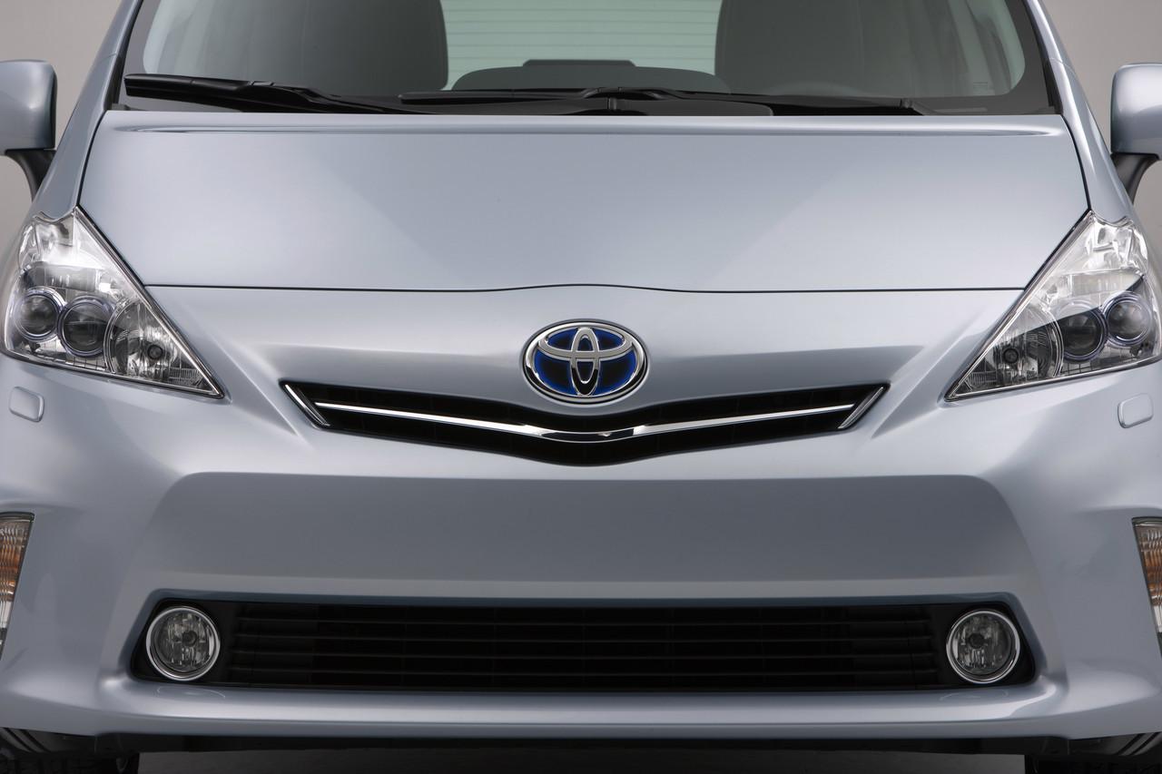 Foto de 2011 Toyota Prius v (53/77)