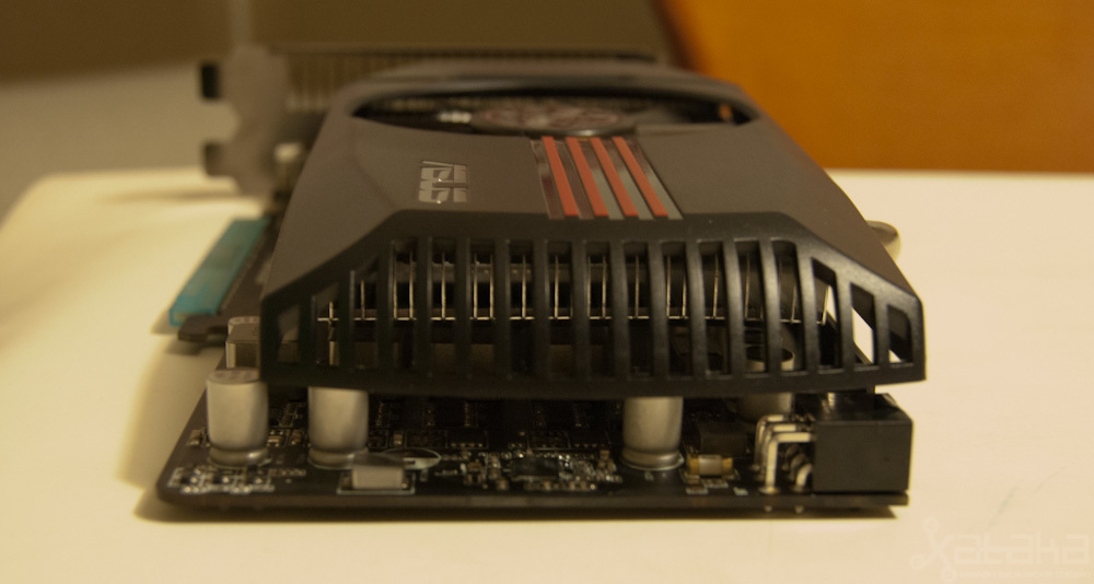 Foto de NVidia GTX 550 Ti, análisis (6/7)