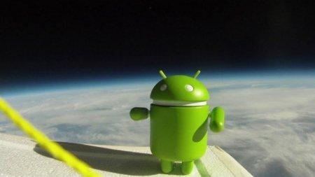 La imagen de la semana: Una flota de Nexus S viaja al espacio
