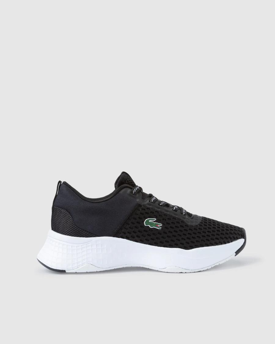 Zapatillas deportivas de mujer Lacoste en color negro con logo lateral