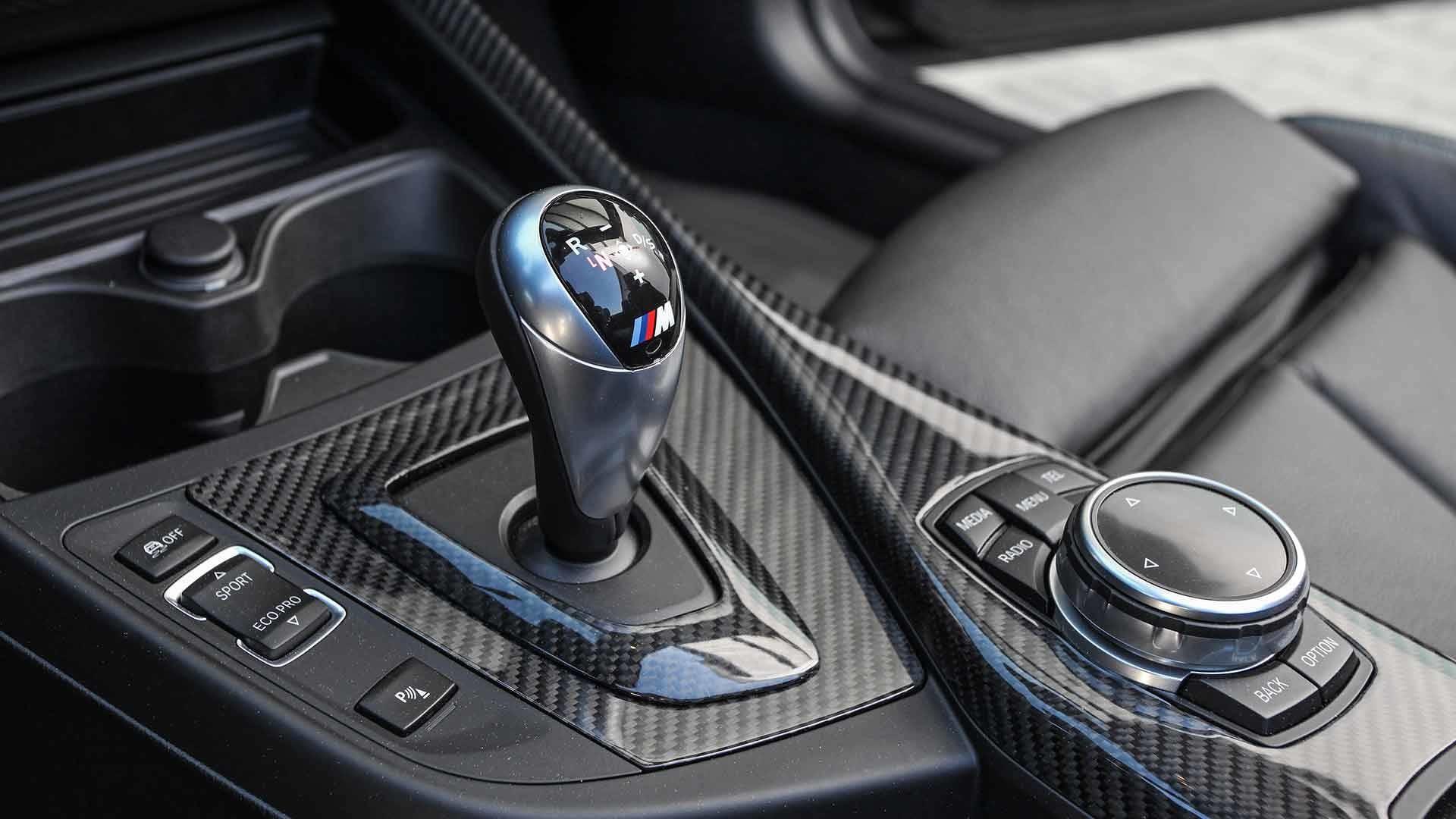 Foto de Lightweight BMW M2 Cabrio (18/19)