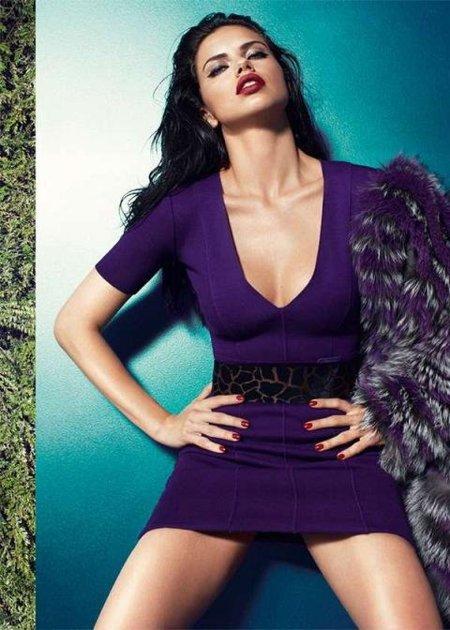Somos fans de Adriana Lima (¡y de Blumarine también!)