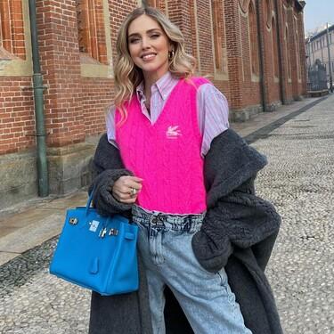El chaleco de lana que más triunfa en el street style (sin importar el género) es de Etro