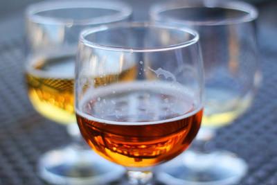 Una cerveza con alcohol que no produce resaca