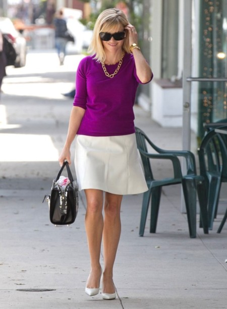 Legally blond, legally classic. Reese Whiterspoon y su look de trabajo