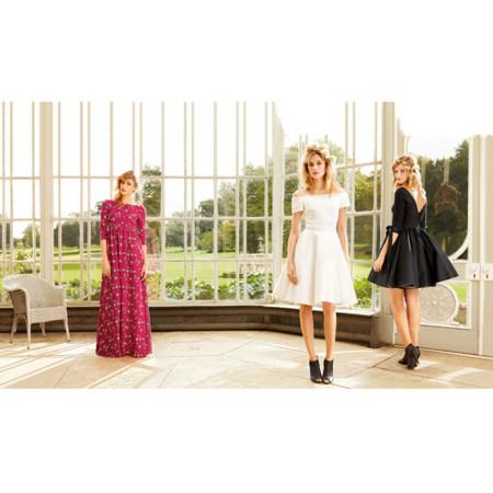 Delphine Manivet se atreve con los vestidos de fiesta en La Redoute