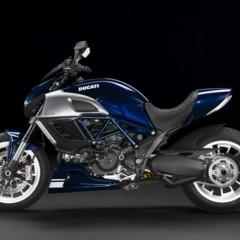 Foto 2 de 7 de la galería gama-ducati-diavel-2013 en Motorpasion Moto