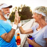 Cómo perder peso en adultos mayores: el cambio de hábitos es clave, más allá de la edad